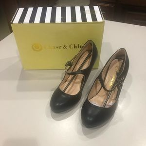 Chase & Chloe Dance Shoes Size 6. Like New!